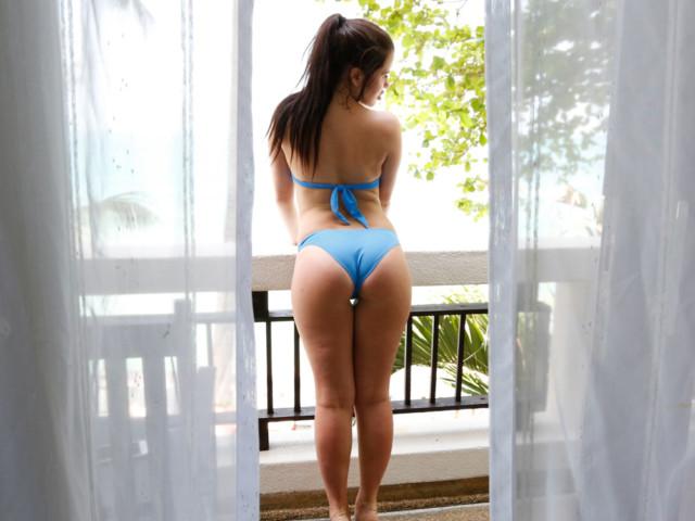 Cassie Fire Pics in sexy thong bikini