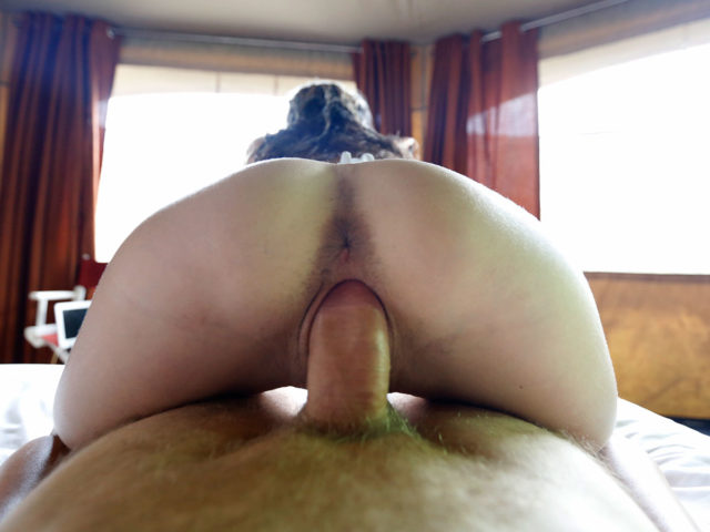 Cock-riding Hippie Sex with tiny ass wrapped around cock