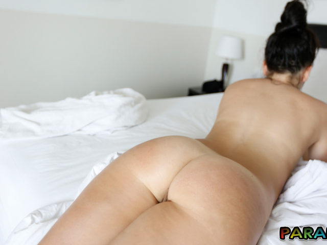 Sneaky nude ass prone shot of girlfriend from holiday pictures collection