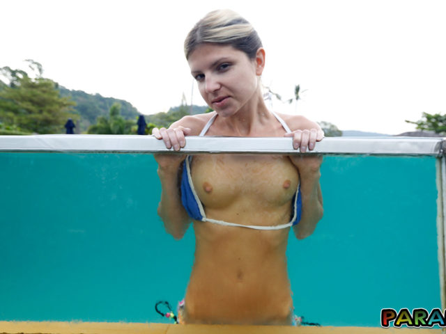 Flashing nude boobs on holiday in the pool