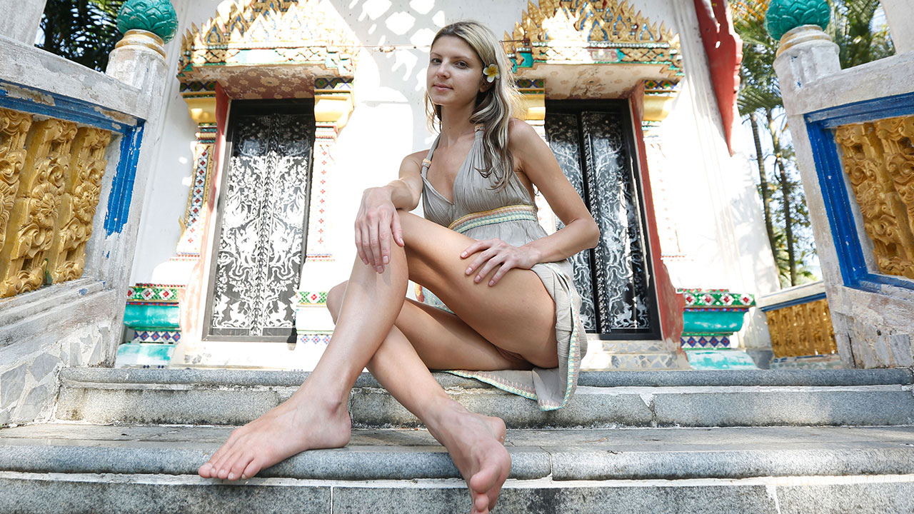 Playful Girlfriend Gina Gerson shows pussy up dress at tourist temple